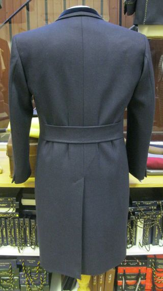 Pleated back half belt